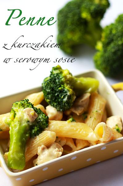 Penne z kurczakiem i brokułami w serowym sosie