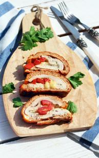 Filet z kurczaka w pomidorowym omlecie