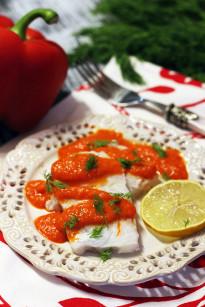 Ryba z sosem z pieczonej papryki
