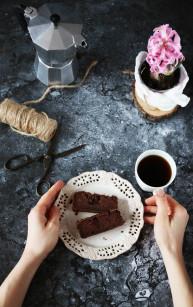 Czekoladowe ciasto z ciecierzycy bez cukru, mąki, tłuszczu i wyniki konkursu