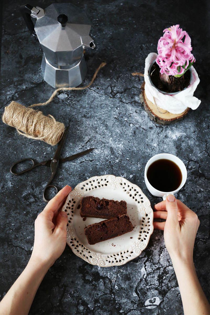 Czekoladowe-ciasto-z-ciecierzycy