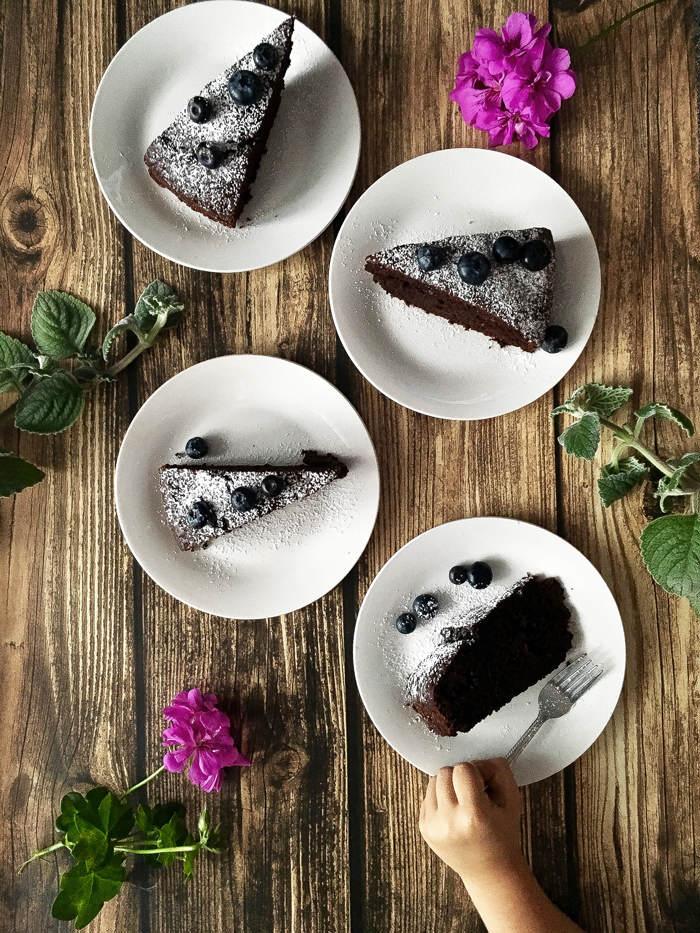 ciasto-czekoladowe-z-cukinia