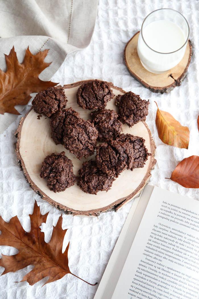 Przepis na zdrowe czekoladowe ciastka z awokado