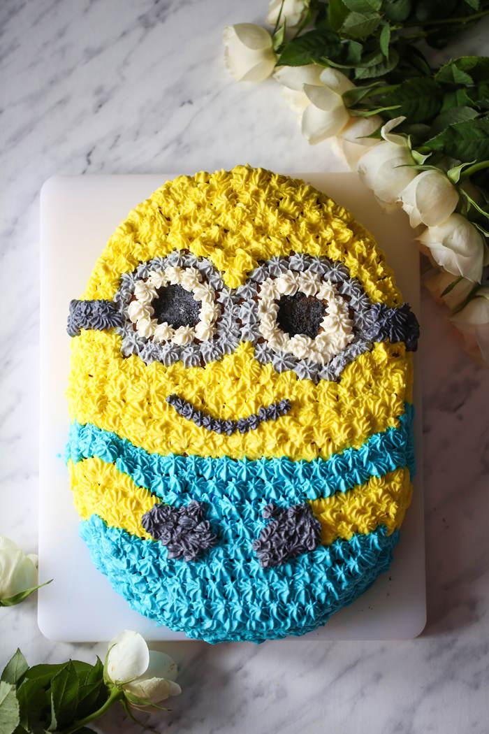 Tort Minionek przepis