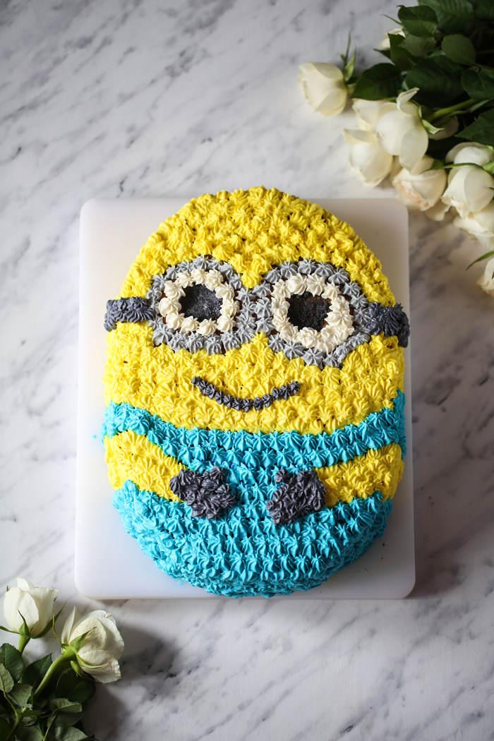 tort z minionkiem