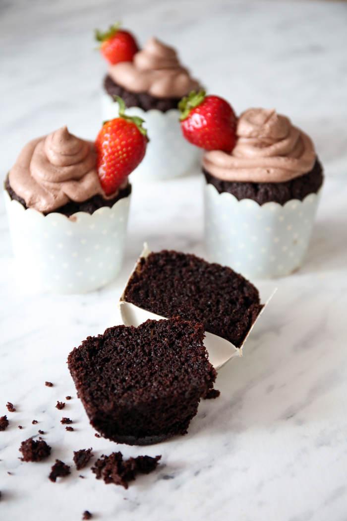 czekoladowe ciasto z cukinii przepis