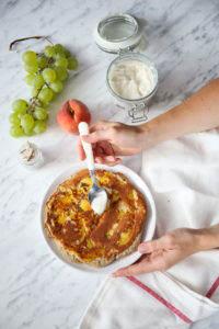 omlet z brzoskwiniami przepis