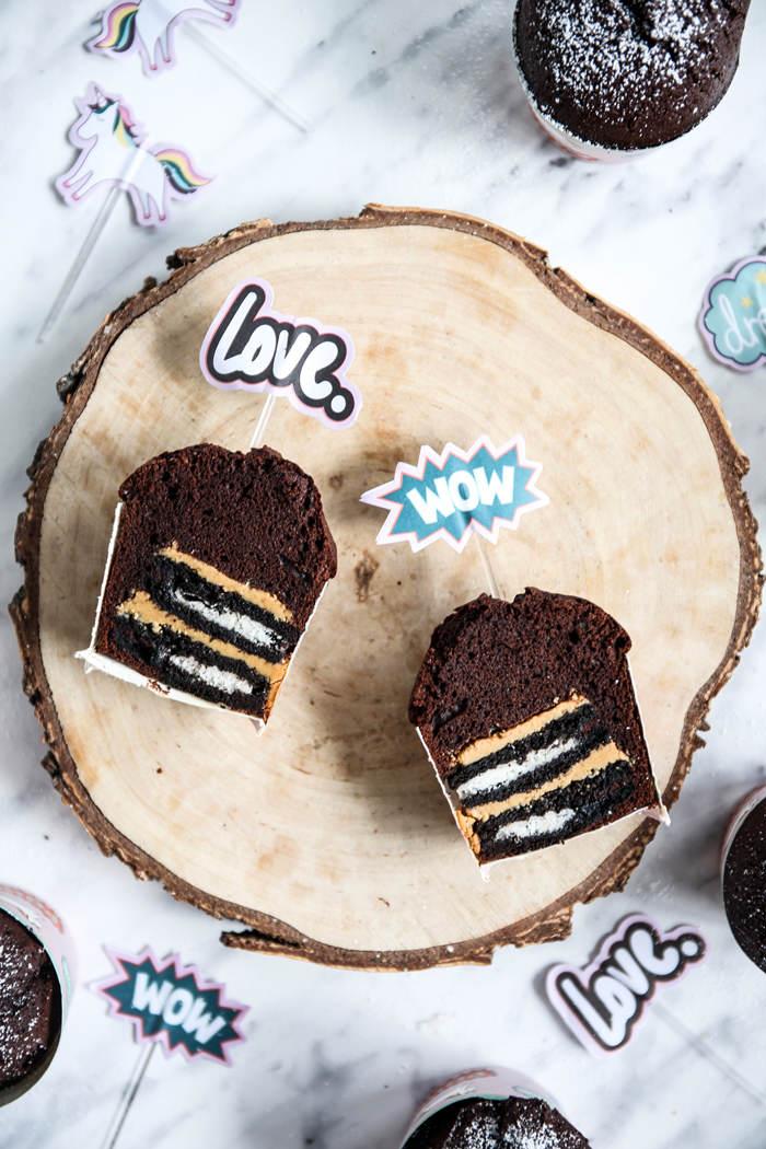 Muffinki z oreo i masłem orzechowym