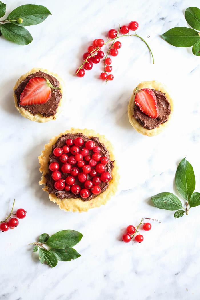 Tartaletki z kremem i owocami