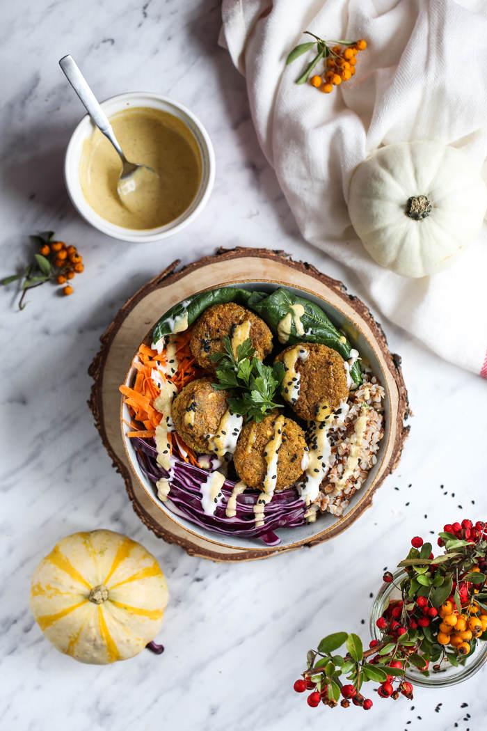 Buddha bowl z falafelem przepis