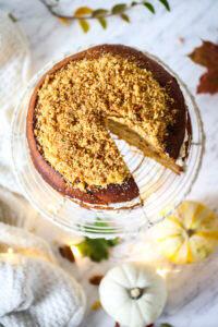 Ciasto miodowo-dyniowe z orzechami
