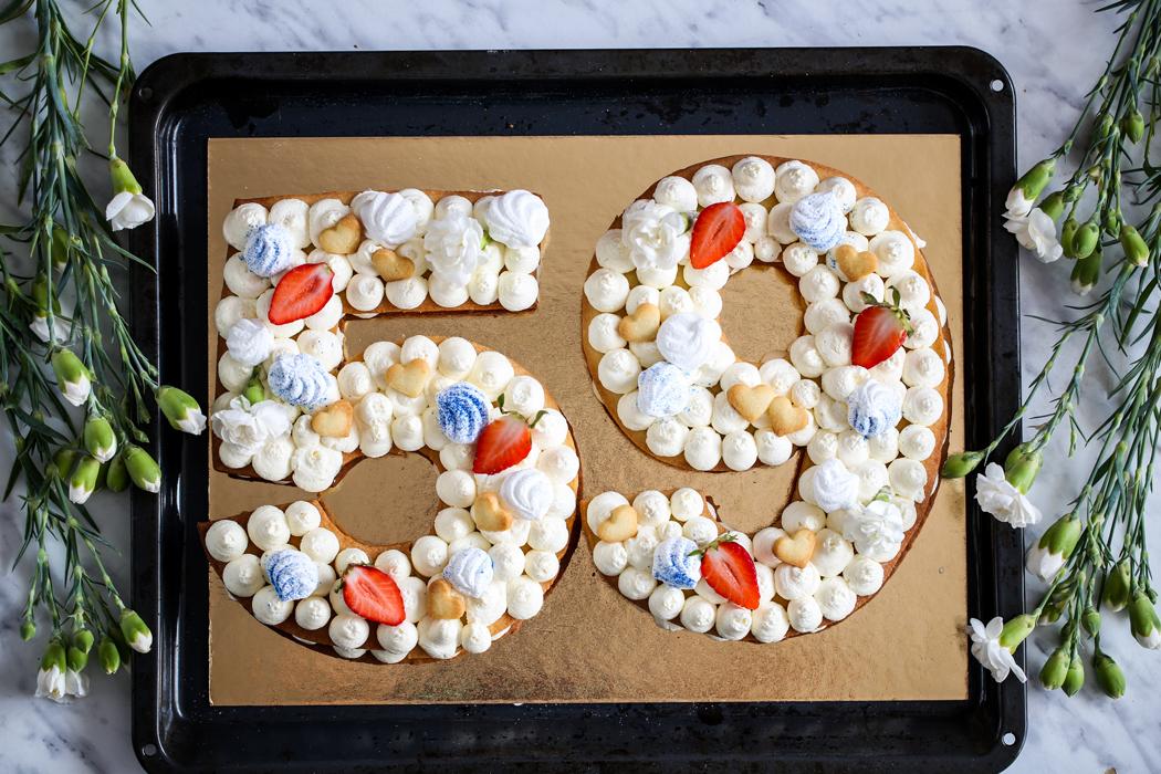 Tort Number Cake