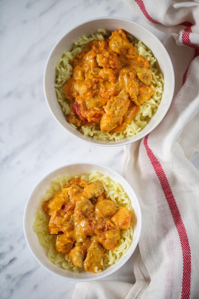 Curry z ryżem i kurczakiem