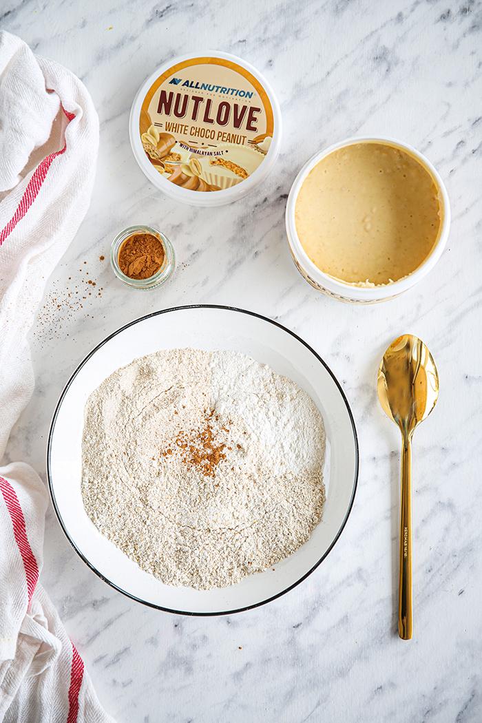 Masło orzechowe z białą czekoladą