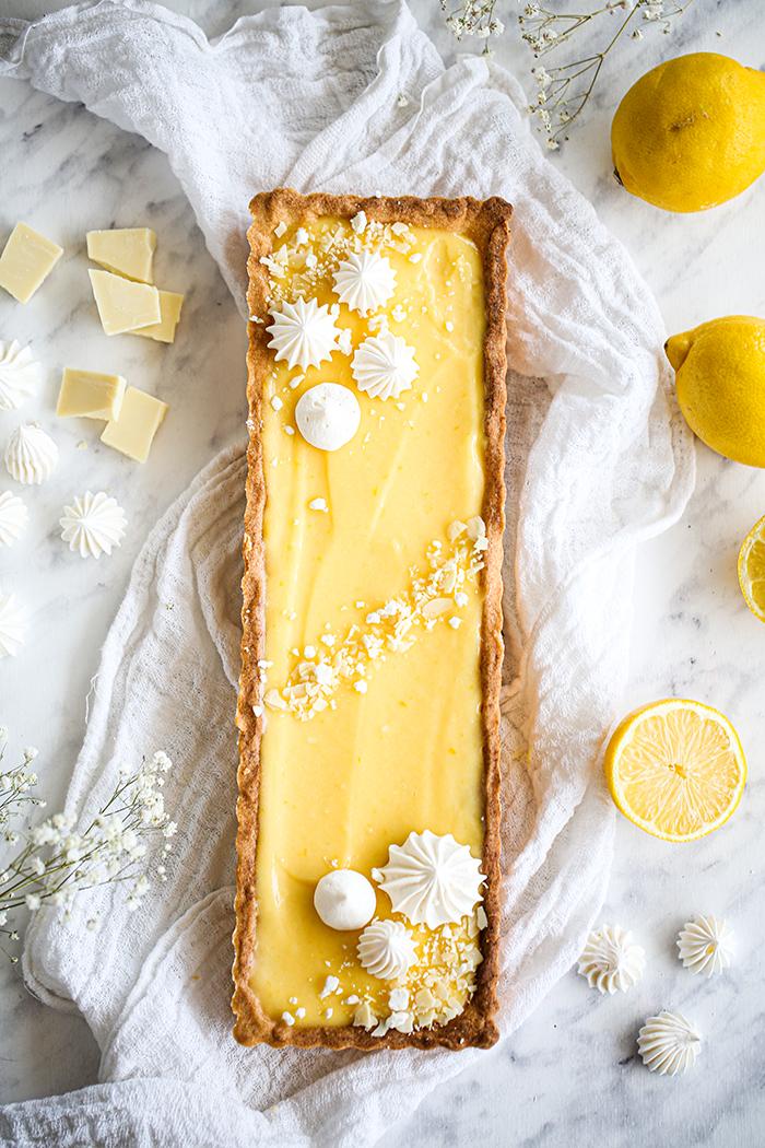 Mazurek cytrynowy z białą czekoladą